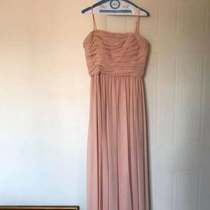 Vera Wang Long chiffron dress in blush color